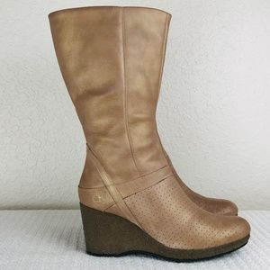 TIMBERLAND GOLD LEATHER WEDGE BOOTS